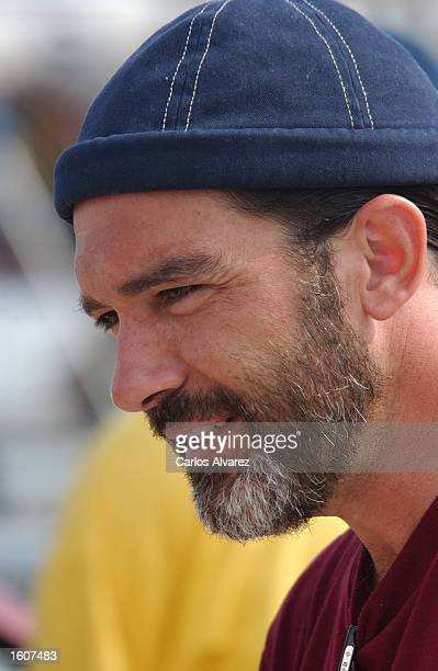 Actor Antonio Banderas departs from the ship 'Dorabella' August 6 2001 in Palma de Mallorca Spain