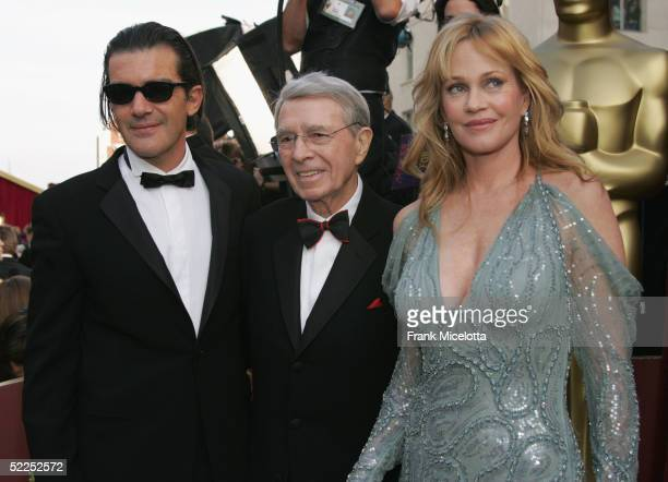 Actor Antonio Banderas Variety EditorInChief Army Archerd and actress Melanie Griffith arrive at the 77th Annual Academy Awards at the Kodak Theater...
