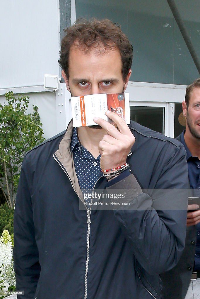 Actor Arie Elmaleh attends the 2016 French Tennis Open - Day Five at Roland Garros