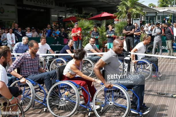 Actor Arie Elmaleh TV host Frederic Lopez and journalist Erika Moulet attend the Race during the 'All in Wheelchair Day' as part ofthe 2017 French...