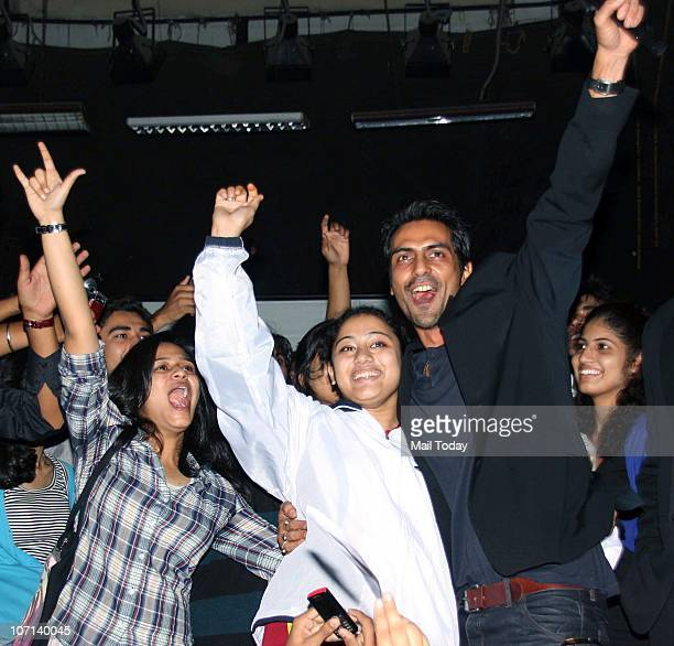 Actor Arjun Rampal with Hindu college students in New Delhi on November 19 2010