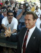 Actor Arnold Schwarzenegger arrives at the Los Angeles County Registrar's office in Norwalk California 07 August 2003 Schwarzenegger visited the...