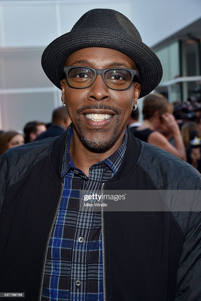 Actor <a gi-track='captionPersonalityLinkClicked' href=/galleries/search?phrase=Arsenio+Hall&family=editorial&specificpeople=211441 ng-click='$event.stopPropagation()'>Arsenio Hall</a> attends the Television Academy's 70th Anniversary Gala on June 2, 2016 in Los Angeles, California.