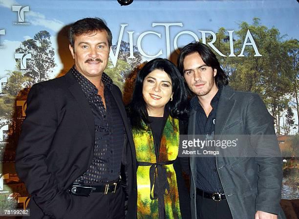 Actor Arturo Peniche actress Victoria Ruffo and actor Mauricio Ochmann participate in the press conference of Telemundo's Spanish soap opera...