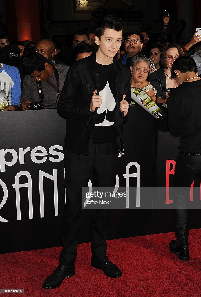 Actor <a gi-track='captionPersonalityLinkClicked' href=/galleries/search?phrase=Asa+Butterfield&family=editorial&specificpeople=5523693 ng-click='$event.stopPropagation()'>Asa Butterfield</a> arrives at the Los Angeles premiere of 'Jackass Presents: Bad Grandpa' at TCL Chinese Theatre on October 23, 2013 in Hollywood, California.