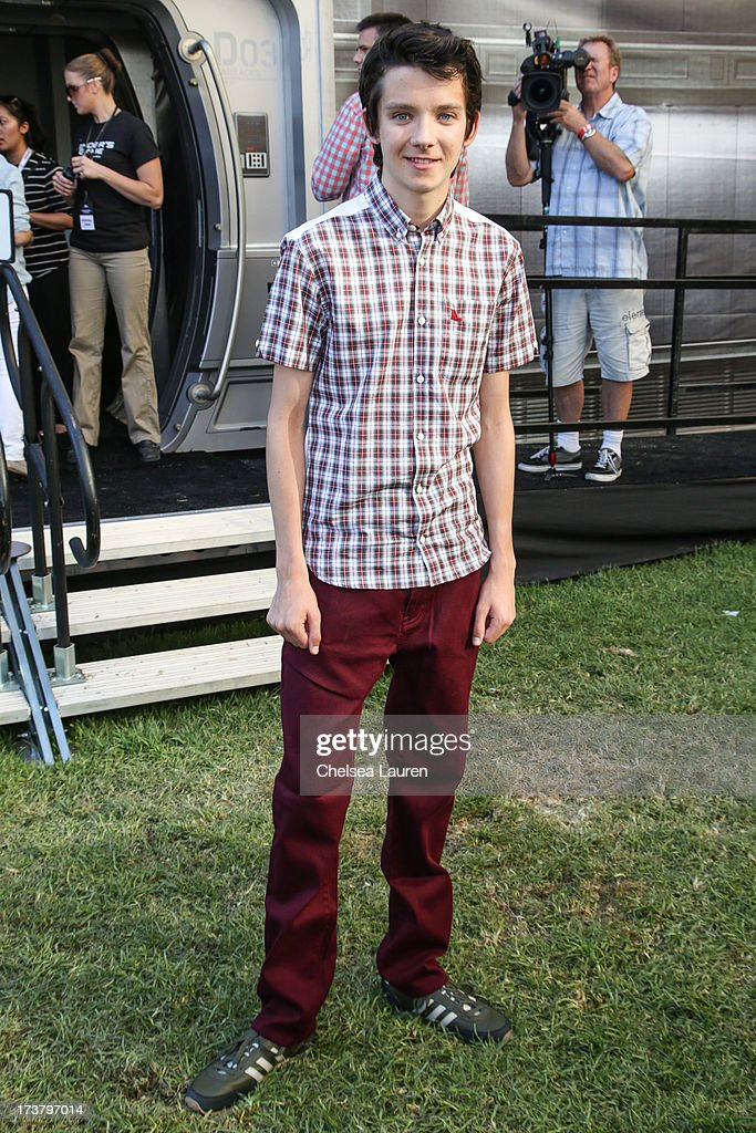 Actor <a gi-track='captionPersonalityLinkClicked' href=/galleries/search?phrase=Asa+Butterfield&family=editorial&specificpeople=5523693 ng-click='$event.stopPropagation()'>Asa Butterfield</a> attends the 'Ender's Game' exclusive fan experience press prevew night on July 17, 2013 in San Diego, California.