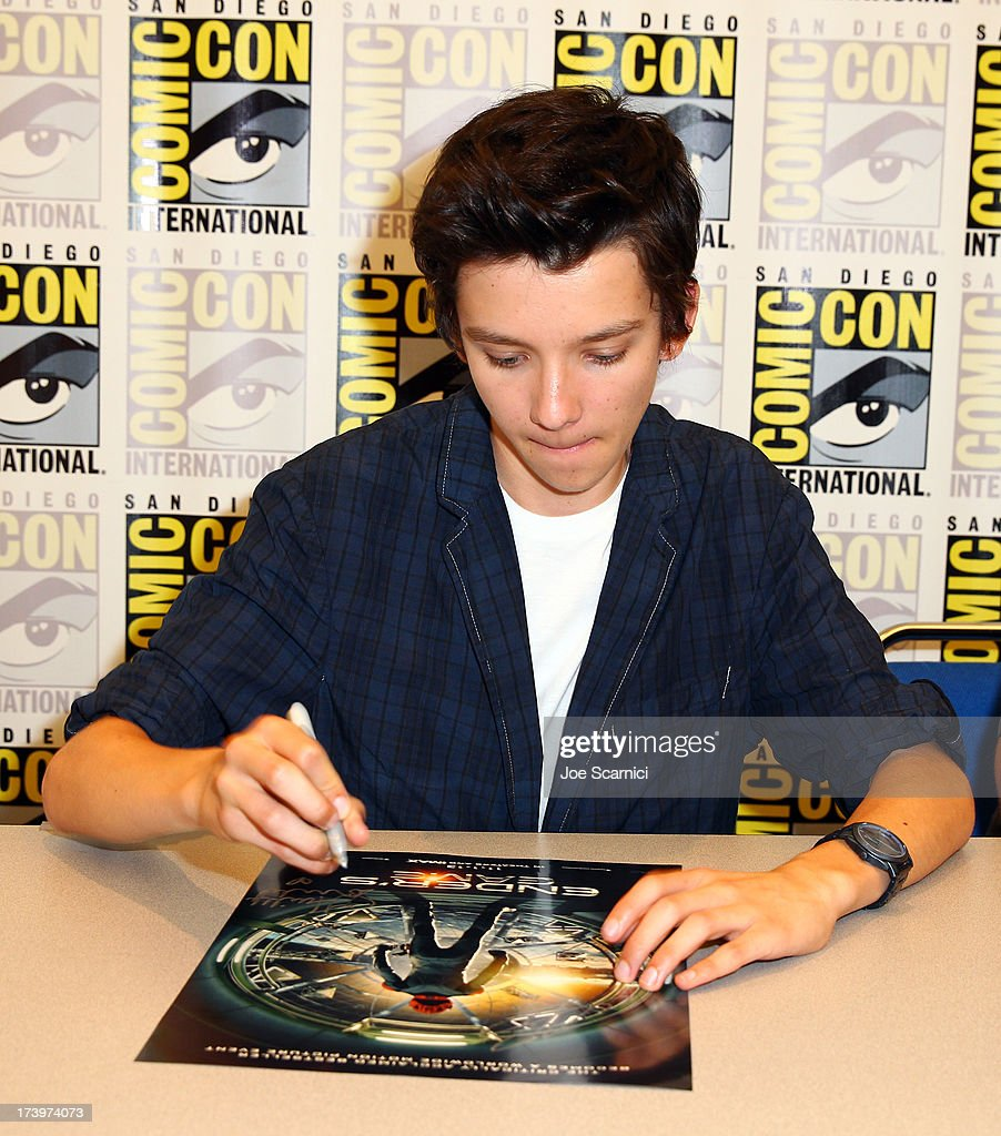 Actor <a gi-track='captionPersonalityLinkClicked' href=/galleries/search?phrase=Asa+Butterfield&family=editorial&specificpeople=5523693 ng-click='$event.stopPropagation()'>Asa Butterfield</a> speaks onstage at the 'Ender's Game' press conference during Comic-Con International 2013 at San Diego Convention Center on July 18, 2013 in San Diego, California.