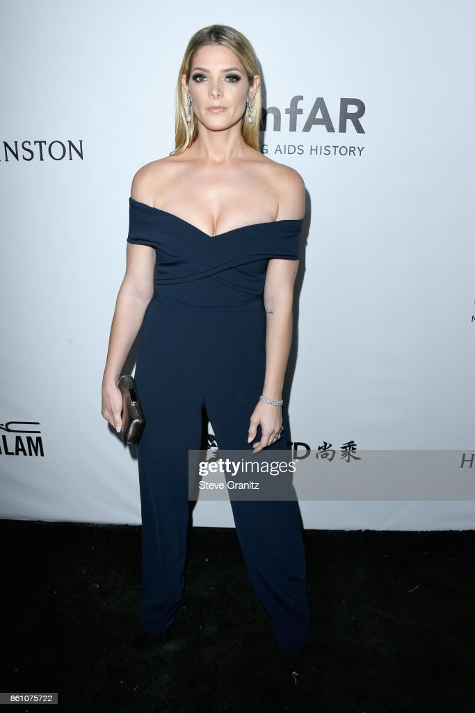 Actor Ashley Greene attends the amfAR Gala 2017 at Ron Burkle's Green Acres Estate on October 13, 2017 in Beverly Hills, California.