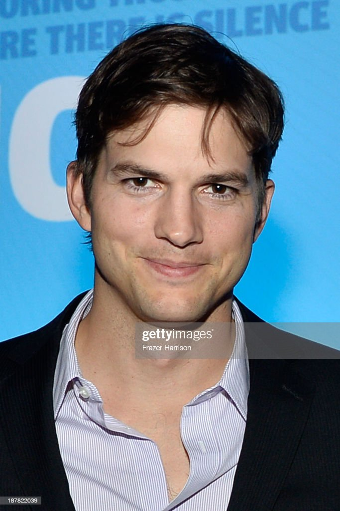 Actor Ashton Kutcher attends the Human Rights Watch Voices For Justice Dinner at The Beverly Hilton Hotel on November 12 2013 in Beverly Hills...