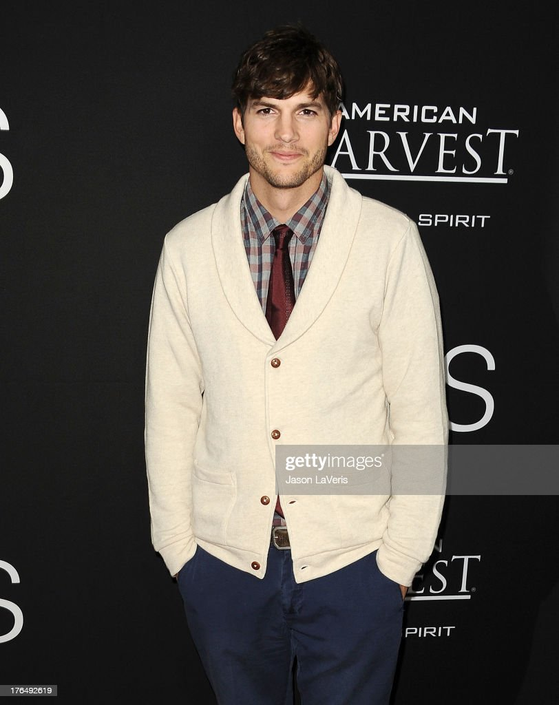 Actor <a gi-track='captionPersonalityLinkClicked' href=/galleries/search?phrase=Ashton+Kutcher&family=editorial&specificpeople=202015 ng-click='$event.stopPropagation()'>Ashton Kutcher</a> attends the premiere of 'Jobs' at Regal Cinemas L.A. Live on August 13, 2013 in Los Angeles, California.