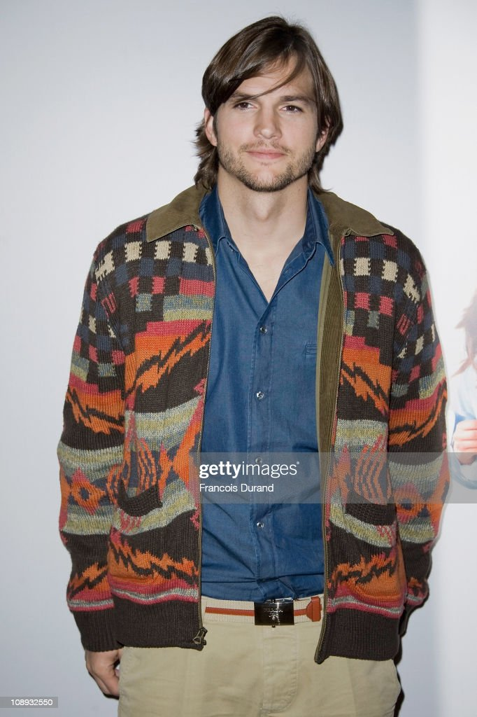 Actor Ashton Kutcher attends the 'Sex Friends' Photocall on February 9 2011 in Paris France