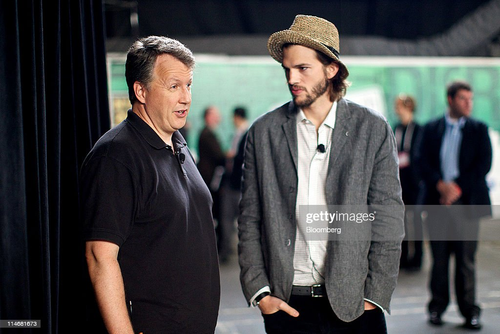 Actor <a gi-track='captionPersonalityLinkClicked' href=/galleries/search?phrase=Ashton+Kutcher&family=editorial&specificpeople=202015 ng-click='$event.stopPropagation()'>Ashton Kutcher</a>, right, speaks with Paul Graham, founder of Y Combinator, before for an interview at the TechCrunch Disrupt NYC 2011 conference in New York, U.S., on Tuesday, May 24, 2011. The summit brings together leaders from various tech fields to discuss how the internet is disrupting industry after industry, from media and social commerce to payments and transportation. Photographer: Guy Calaf/Bloomberg via Getty Images