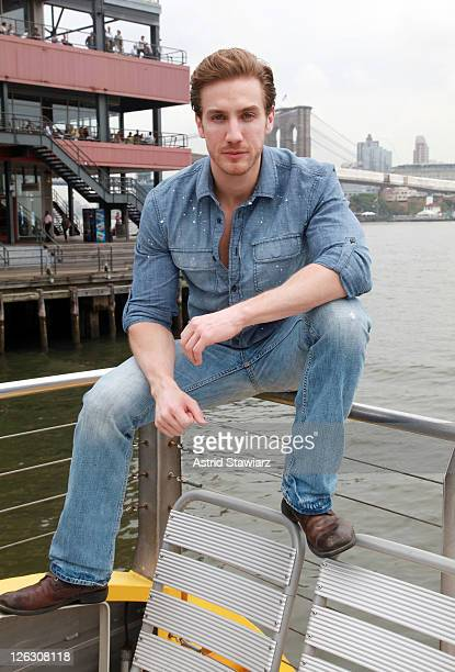 Actor attends the 2011 Telemundo Club De Noveleras Tour at South Street Seaport on September 24 2011 in New York City