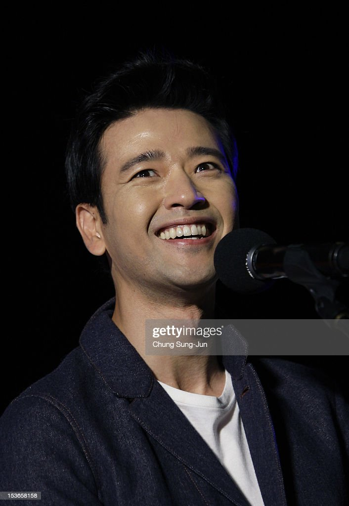 Actor Bae Su-Bin attends the outdoor greeting for 'Mai Ratima' during the 17th Busan International Film Festival (BIFF) at Haeundae beach on October 8, 2012 in Busan, South Korea. The biggest film festival in Asia showcases 304 films from 75 countries and runs from October 04 until October 13..