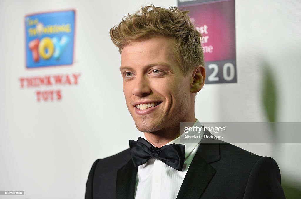 Actor Barrett Foa attends The National Breast Cancer Coalition Fund presents The 13th Annual Les Girls at the Avalon on October 7, 2013 in Hollywood, California.