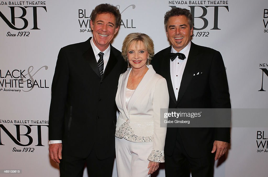 Actor <a gi-track='captionPersonalityLinkClicked' href=/galleries/search?phrase=Barry+Williams+-+Actor&family=editorial&specificpeople=210921 ng-click='$event.stopPropagation()'>Barry Williams</a>, actress <a gi-track='captionPersonalityLinkClicked' href=/galleries/search?phrase=Florence+Henderson&family=editorial&specificpeople=171392 ng-click='$event.stopPropagation()'>Florence Henderson</a> and actor <a gi-track='captionPersonalityLinkClicked' href=/galleries/search?phrase=Christopher+Knight&family=editorial&specificpeople=777460 ng-click='$event.stopPropagation()'>Christopher Knight</a> arrive at Nevada Ballet Theatre presents 'The Black & White Ball's 30th Anniversary' at the Aria Resort & Casino at CityCenter on January 25, 2014 in Las Vegas, Nevada.