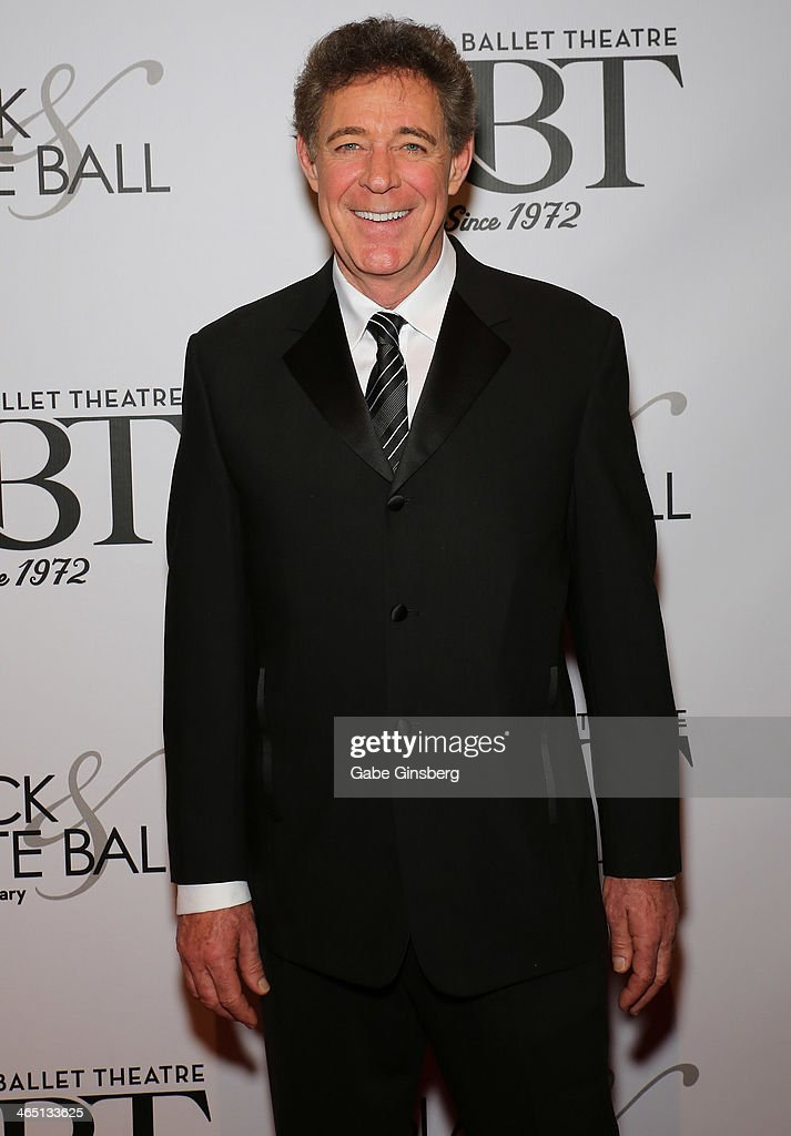 Actor <a gi-track='captionPersonalityLinkClicked' href=/galleries/search?phrase=Barry+Williams+-+Actor&family=editorial&specificpeople=210921 ng-click='$event.stopPropagation()'>Barry Williams</a> arrives at Nevada Ballet Theatre presents 'The Black & White Ball's 30th Anniversary' at the Aria Resort & Casino at CityCenter on January 25, 2014 in Las Vegas, Nevada.