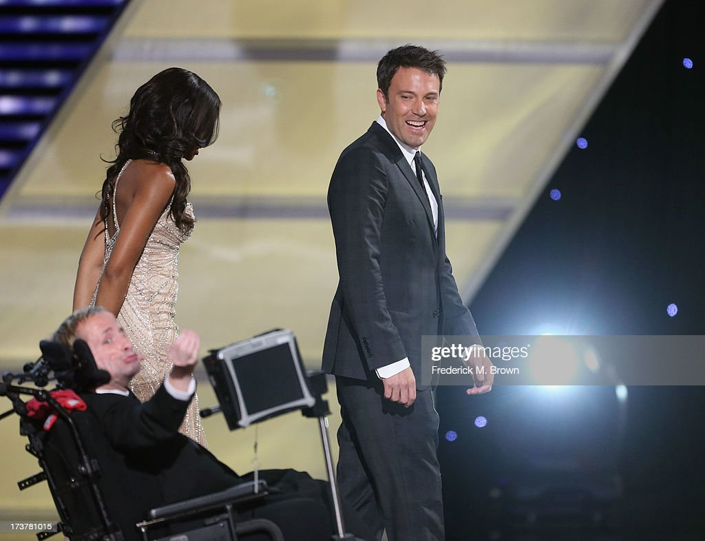 Actor <a gi-track='captionPersonalityLinkClicked' href=/galleries/search?phrase=Ben+Affleck&family=editorial&specificpeople=201856 ng-click='$event.stopPropagation()'>Ben Affleck</a> and Jimmy V award recipient Rick Hoyt accepting an award onstage at The 2013 ESPY Awards at Nokia Theatre L.A. Live on July 17, 2013 in Los Angeles, California.