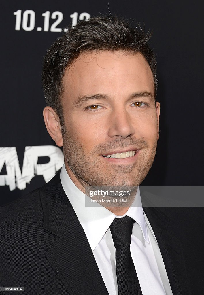 Actor <a gi-track='captionPersonalityLinkClicked' href=/galleries/search?phrase=Ben+Affleck&family=editorial&specificpeople=201856 ng-click='$event.stopPropagation()'>Ben Affleck</a> arrives at the premiere of Warner Bros. Pictures' 'Argo' at AMPAS Samuel Goldwyn Theater on October 4, 2012 in Beverly Hills, California.
