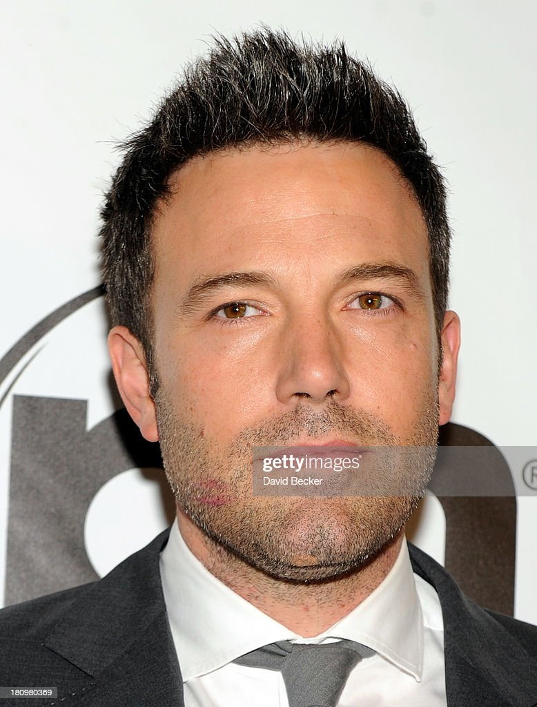 Actor <a gi-track='captionPersonalityLinkClicked' href=/galleries/search?phrase=Ben+Affleck&family=editorial&specificpeople=201856 ng-click='$event.stopPropagation()'>Ben Affleck</a> arrives at the world premiere of Twentieth Century Fox and New Regency's film 'Runner Runner' at Planet Hollywood Resort & Casino on September 18, 2013 in Las Vegas, Nevada.