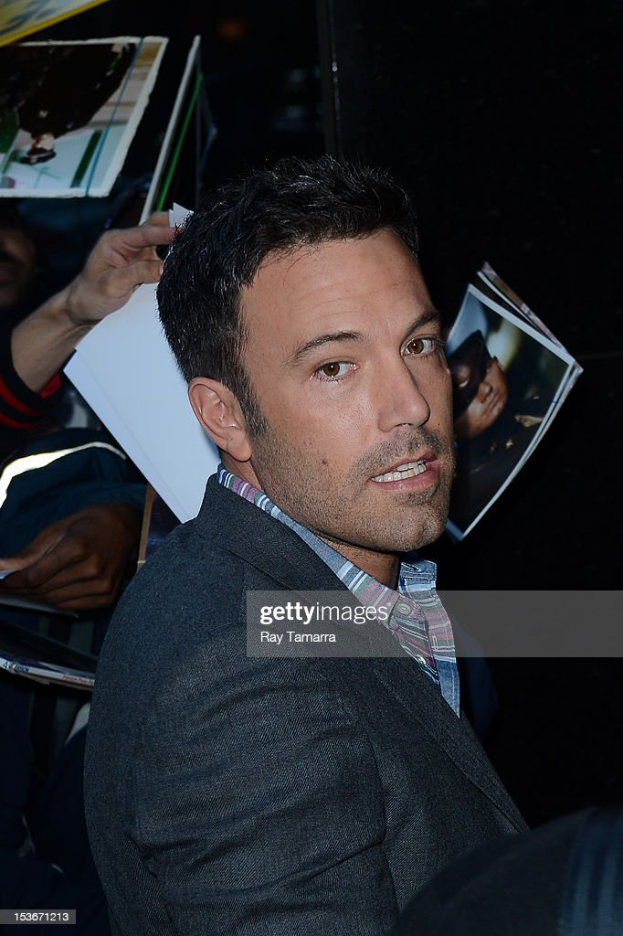 Actor Ben Affleck enters the 'Good Morning America' taping at the ABC Times Square Studios on October 7, 2012 in New York City.