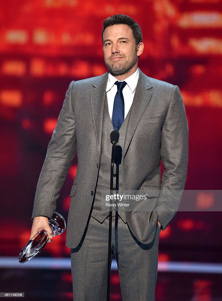 Actor <a gi-track='captionPersonalityLinkClicked' href=/galleries/search?phrase=Ben+Affleck&family=editorial&specificpeople=201856 ng-click='$event.stopPropagation()'>Ben Affleck</a> speaks onstage at The 41st Annual People's Choice Awards at Nokia Theatre LA Live on January 7, 2015 in Los Angeles, California.