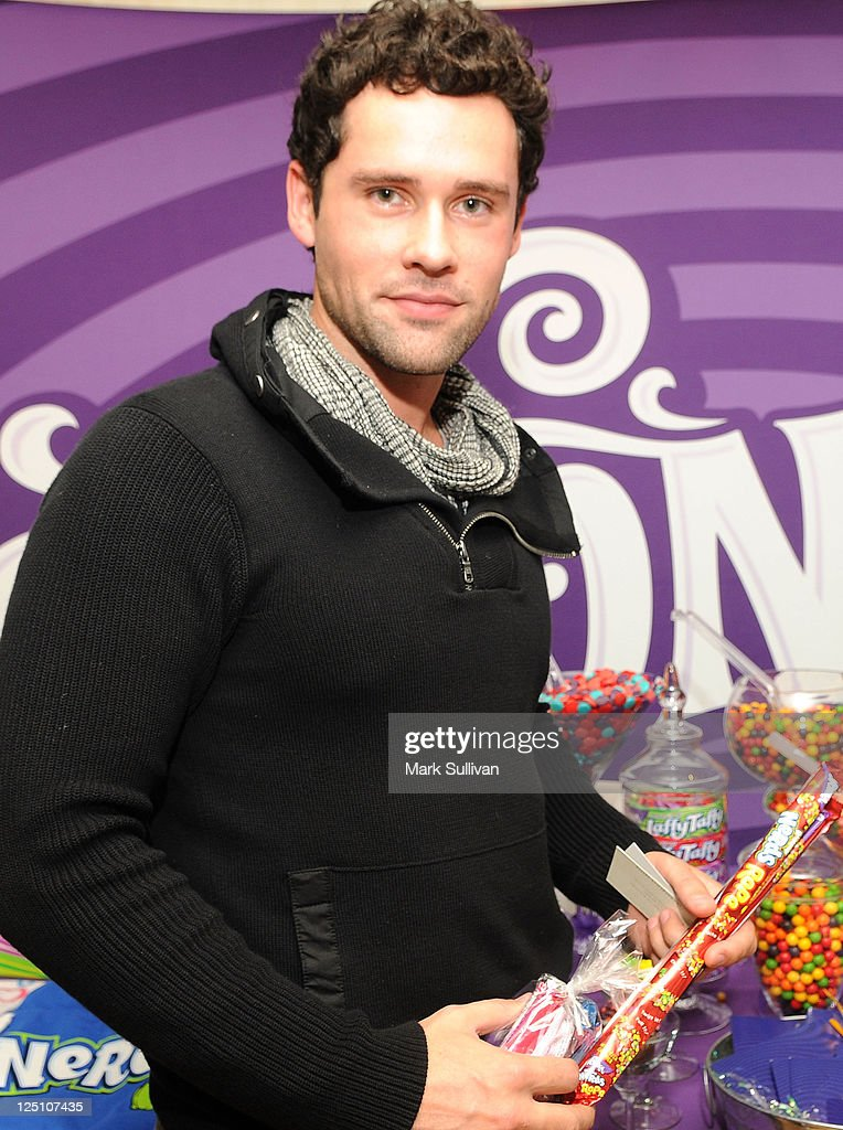 Actor Ben Hollingsworth poses with Wonka during Kari Feinstein Primetime Emmy Awards Style Lounge at the Mondrian Los Angeles on September 15 2011 in...