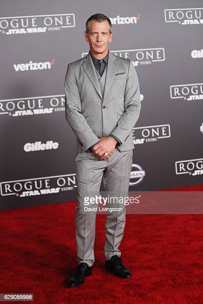 Actor Ben Mendelsohn arrives at the premiere of Walt Disney Pictures and Lucasfilm's 'Rogue One A Star Wars Story' at the Pantages Theatre on...