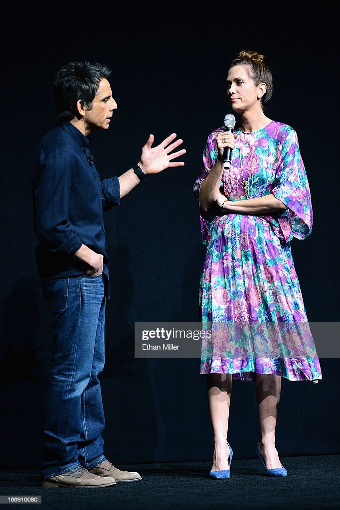 Actor Ben Stiller (L) and actress Kristen Wiig joke around during a Twentieth Century Fox presentation to promote the upcoming film 'The Secret Life of Walter Mitty' at The Colosseum at Caesars Palace during CinemaCon, the official convention of the National Association of Theatre Owners, on April 18, 2013 in Las Vegas, Nevada.