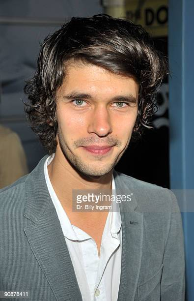 Actor Ben Whishaw arrives on the red carpet at the Los Angeles premiere of 'Bright Star' at the ArcLight Hollywood on September 16 2009 in Hollywood...