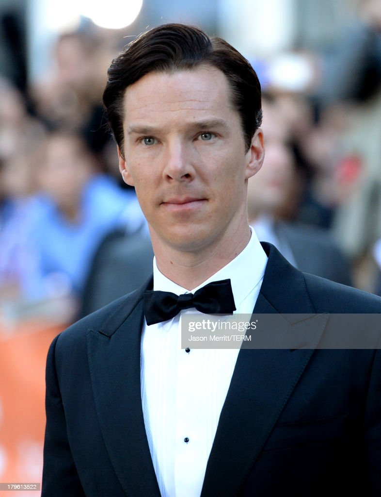 Actor <a gi-track='captionPersonalityLinkClicked' href=/galleries/search?phrase=Benedict+Cumberbatch&family=editorial&specificpeople=2487879 ng-click='$event.stopPropagation()'>Benedict Cumberbatch</a> arrives at 'The Fifth Estate' premiere during the 2013 Toronto International Film Festival on September 5, 2013 in Toronto, Canada.