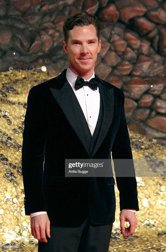 Actor <a gi-track='captionPersonalityLinkClicked' href=/galleries/search?phrase=Benedict+Cumberbatch&family=editorial&specificpeople=2487879 ng-click='$event.stopPropagation()'>Benedict Cumberbatch</a> attends the 'The Hobbit: The Desolation of Smaug' European Premiere at Cinestar on December 9, 2013 in Berlin, Germany.