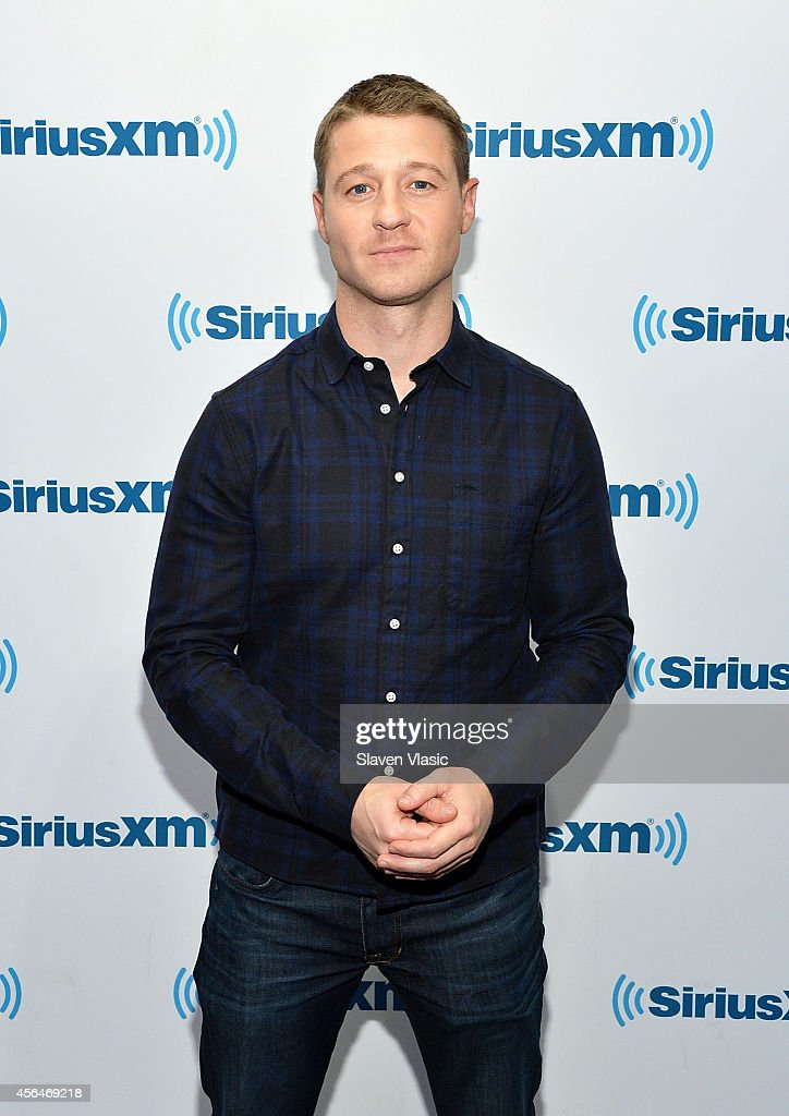 Actor Benjamin McKenzie visits SiriusXM Studios on October 1, 2014 in New York City.