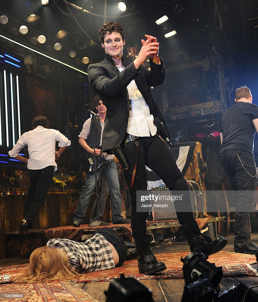Actor Benjamin Walker Attends The Curtain Call At The Broadway Opening  Night Of U0027Bloody Bloody · U0027