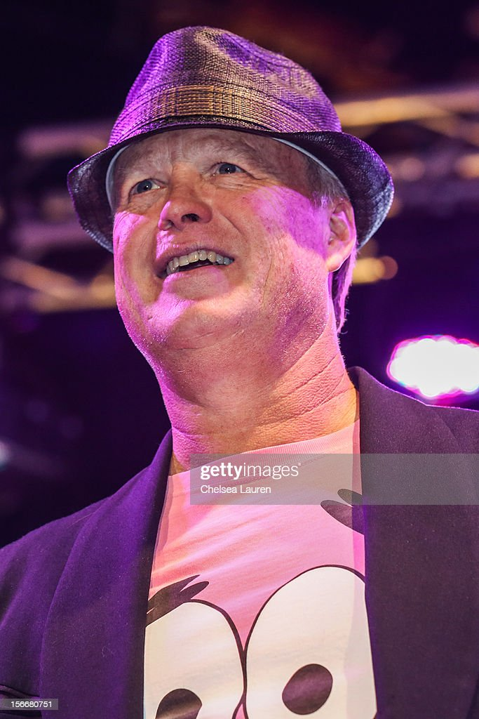 Actor <a gi-track='captionPersonalityLinkClicked' href=/galleries/search?phrase=Bill+Fagerbakke&family=editorial&specificpeople=234385 ng-click='$event.stopPropagation()'>Bill Fagerbakke</a> performs in the 'Spongebob Holiday Extravapants!' stage show at The Grove on November 18, 2012 in Los Angeles, California.