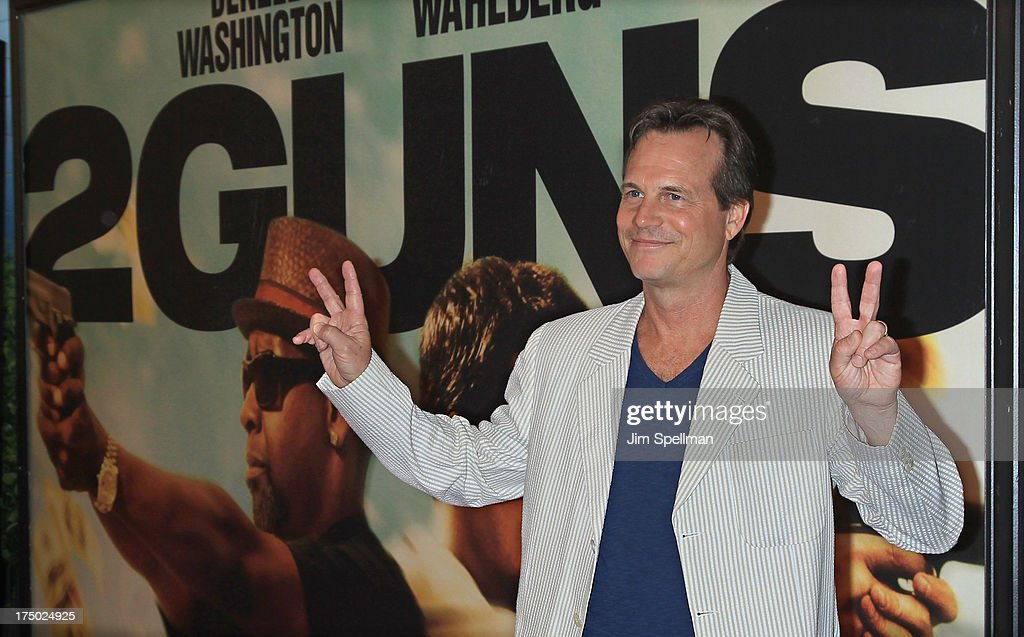 Actor <a gi-track='captionPersonalityLinkClicked' href=/galleries/search?phrase=Bill+Paxton&family=editorial&specificpeople=241223 ng-click='$event.stopPropagation()'>Bill Paxton</a> attends the '2 Guns' New York Premiere at SVA Theater on July 29, 2013 in New York City.