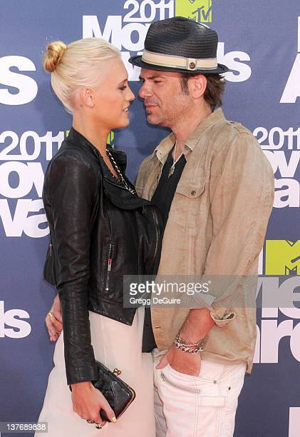 Actor Billy Burke and Pollyanna Rose arrive at the 2011 MTV Movie Awards at the Gibson Amphitheatre on June 5 2011 in Universal City California