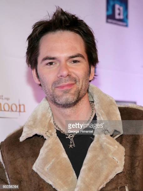 Actor Billy Burke attends the AMEX Exclusive Gala Screening of 'Twilight Saga New Moon' at the Winter Garden Theatre on November 19 2009 in Toronto...