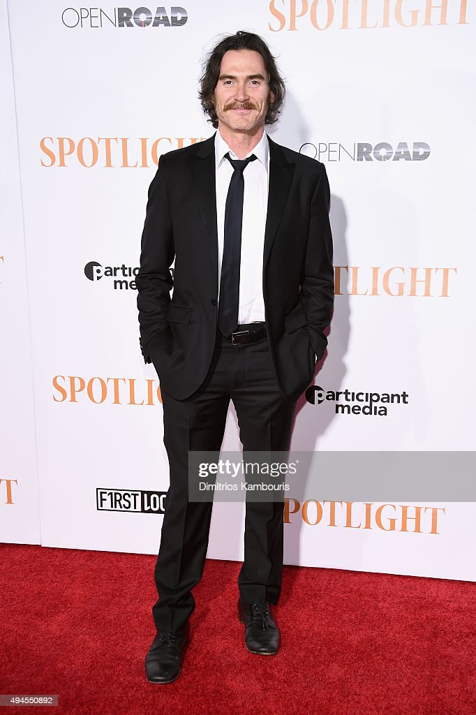 Actor <a gi-track='captionPersonalityLinkClicked' href=/galleries/search?phrase=Billy+Crudup&family=editorial&specificpeople=204698 ng-click='$event.stopPropagation()'>Billy Crudup</a> attends the 'Spotlight' New York premiere at Ziegfeld Theater on October 27, 2015 in New York City.