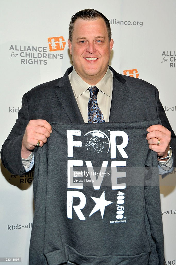 Actor <a gi-track='captionPersonalityLinkClicked' href=/galleries/search?phrase=Billy+Gardell&family=editorial&specificpeople=797590 ng-click='$event.stopPropagation()'>Billy Gardell</a> arrives at The Alliance for Children's Rights 21st annual gala at The Beverly Hilton Hotel on March 7, 2013 in Beverly Hills, California.