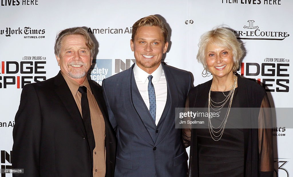 Actor Billy Magnussen (C) with his parents attend the 53rd New York Film Festival premiere of 'Bridge Of Spies' at Alice Tully Hall, Lincoln Center on October 4, 2015 in New York City.
