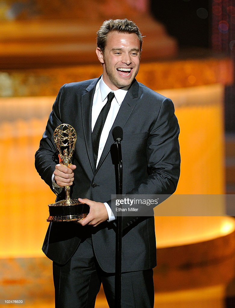 Actor <a gi-track='captionPersonalityLinkClicked' href=/galleries/search?phrase=Billy+Miller+-+Actor&family=editorial&specificpeople=12915047 ng-click='$event.stopPropagation()'>Billy Miller</a> accepts the Best Supporting Actor In A Drama Series Award onstage at the 37th Annual Daytime Entertainment Emmy Awards held at the Las Vegas Hilton on June 27, 2010 in Las Vegas, Nevada.