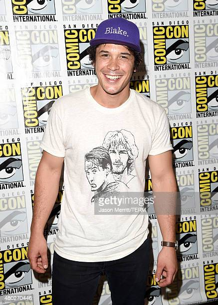 Actor Bob Morley attends the 'The 100' press room during ComicCon International 2015 at the Hilton Bayfront on July 10 2015 in San Diego California