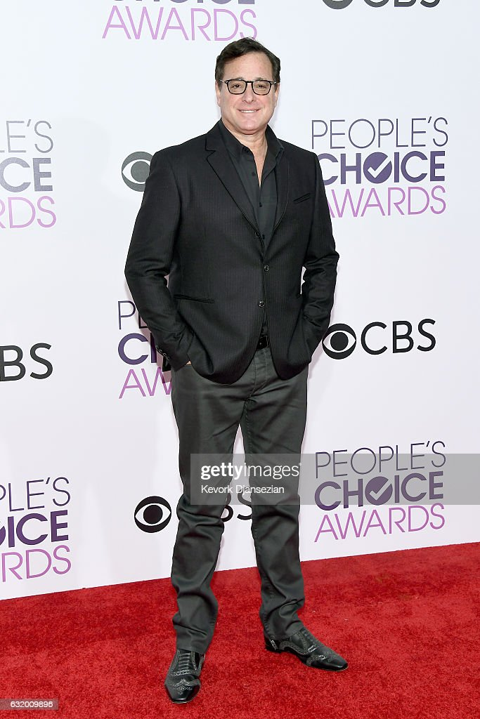 actor-bob-saget-attends-the-peoples-choice-awards-2017-at-microsoft-picture-id632009896
