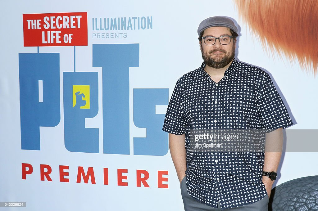 Actor <a gi-track='captionPersonalityLinkClicked' href=/galleries/search?phrase=Bobby+Moynihan&family=editorial&specificpeople=5633398 ng-click='$event.stopPropagation()'>Bobby Moynihan</a> attends the 'Secret Life Of Pets' New York premiere on June 25, 2016 in New York City.