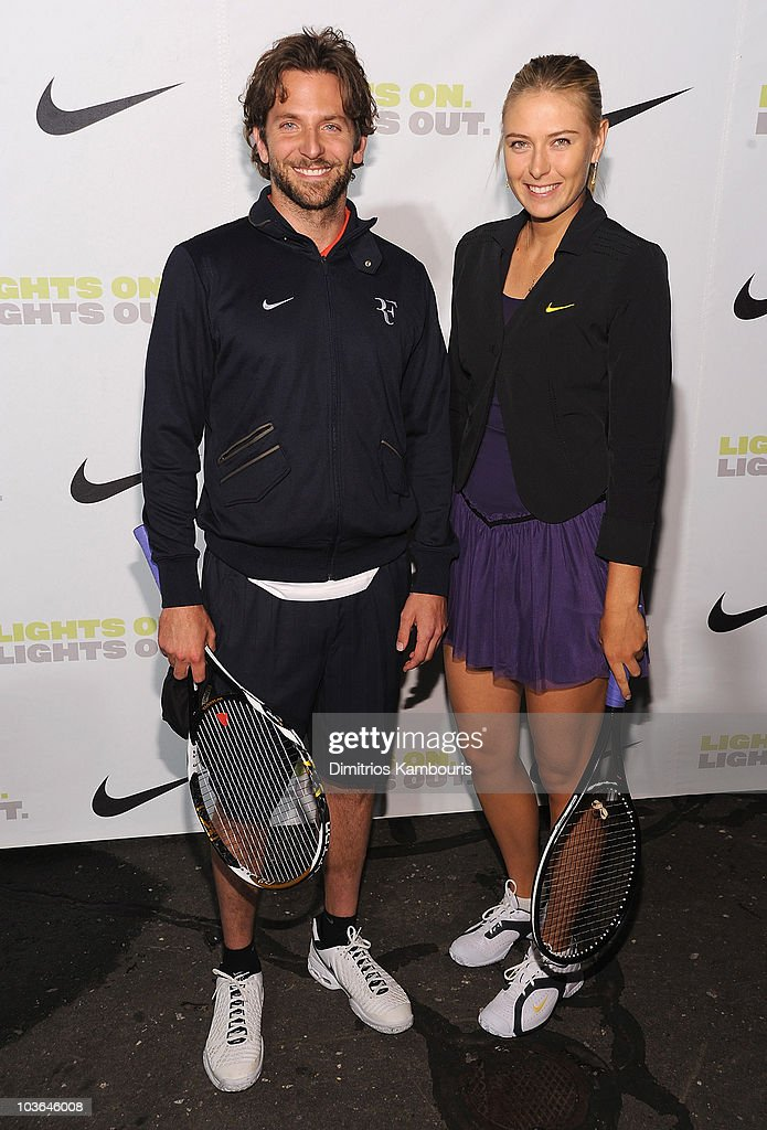 ¿Cuánto mide Bradley Cooper? - Real height Actor-bradley-cooper-and-tennis-player-maria-sharapova-attend-the-picture-id103646008