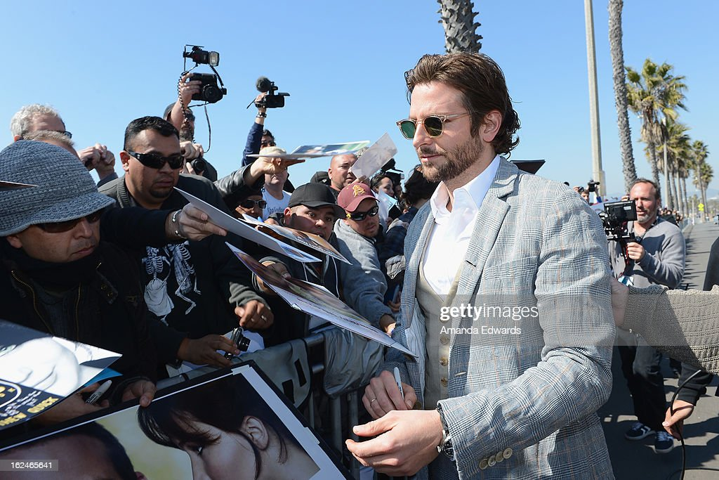 Actor <a gi-track='captionPersonalityLinkClicked' href=/galleries/search?phrase=Bradley+Cooper&family=editorial&specificpeople=680224 ng-click='$event.stopPropagation()'>Bradley Cooper</a> attends the 2013 Film Independent Spirit Awards at Santa Monica Beach on February 23, 2013 in Santa Monica, California.