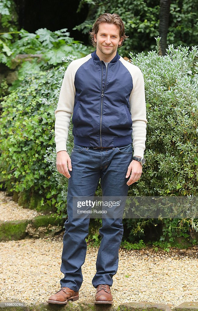 Actor <a gi-track='captionPersonalityLinkClicked' href=/galleries/search?phrase=Bradley+Cooper&family=editorial&specificpeople=680224 ng-click='$event.stopPropagation()'>Bradley Cooper</a> attends the 'Silver Linings Playbook' photocall at De Russie Hotel on January 21, 2013 in Rome, Italy.