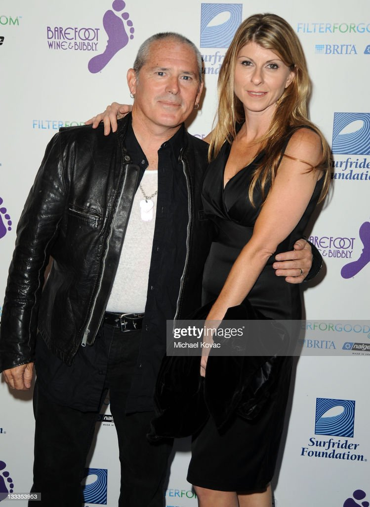 Actor Brandon Cruz arrives with wife Elizabeth at The Surfrider Foundation's 25th Anniversary Gala at California Science Center's Wallis Annenberg Building on October 9, 2009 in Los Angeles, California.
