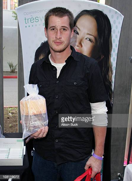 Actor Brendan Fehr poses at Kari Feinstein Golden Globes Style Lounge held at Zune LA on January 8 2009 in Los Angeles California
